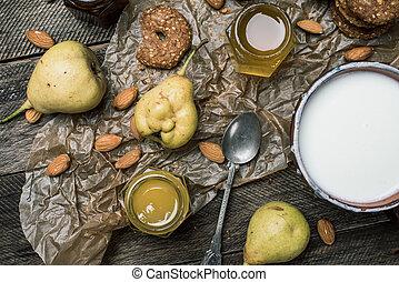 madeira, pêras, mel, massa, tabela, iogurte