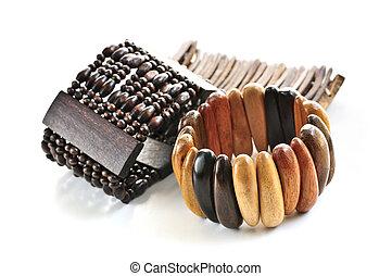 madeira, pulseiras