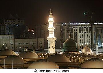 madina, mešita, v noci