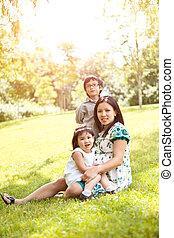 madre, bambini, asiatico, lei, incinta