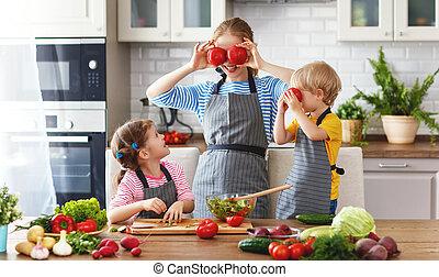 madre bambini, preparare, verdura, insalata