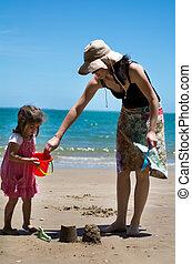 madre bambino, giochi, spiaggia