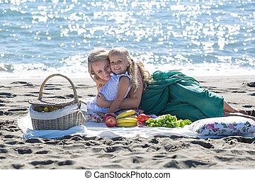 madre e hija, en, un, picnic