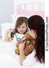 madre e hija, juego, con, un, estetoscopio