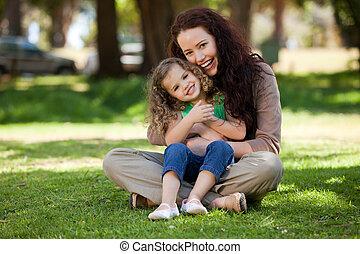 madre, figlia, giardino, lei, seduta