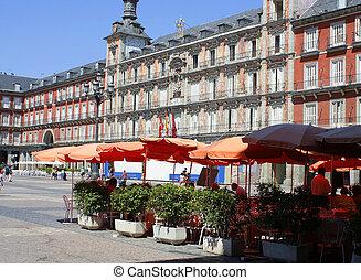 Madrid plaza - Plaza Mayor in Madrid, Spain