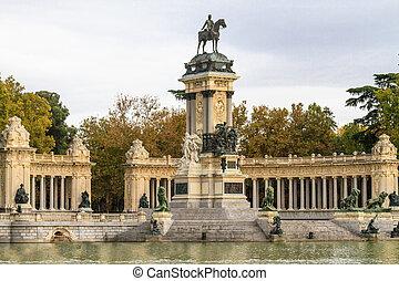 Madrid, Retiro Park, Monument to Alonso XII, Spain