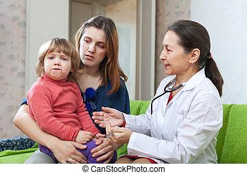 maduras, crianças, doutor, examinando, criança