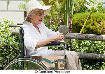 maduras, dela, t, cadeira rodas, mulher