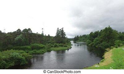 maenner, fischerei, auf, flußufer, in, irland, tal, 2