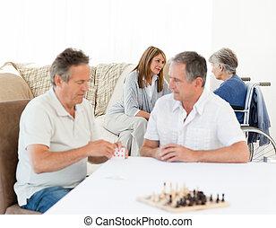 maenner, ihr, während, karten, spielende , wifes