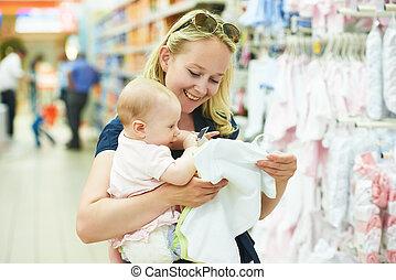 magasin, bébé vêt, femme, enfant