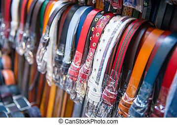 Beau design date de sortie: vente chaude réel Marché, ceintures. Ceintures, cuir, monpazier, france ...