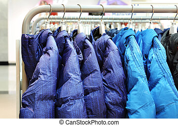 magasin, cintres, vêtements
