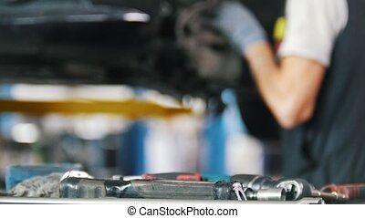 magasin, réparation, met, mécanicien voiture, table, outils