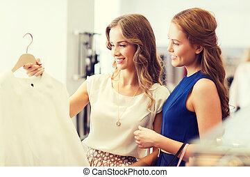 magasin, sacs, achats, heureux, habillement, femmes