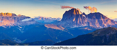 magical mountain landscape - Great view on the Sassolungo...