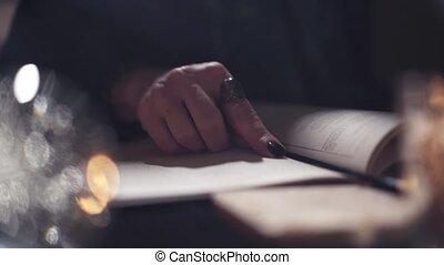 magicien, lecture, gros plan, femme, sortilège, livre