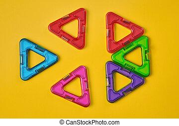 magnétique, vue, sommet, bâtiment, coloré, fond, blocs, jaune