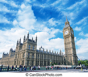 Magnificence of Westminster Bridge and Houses of Parliament, Lon