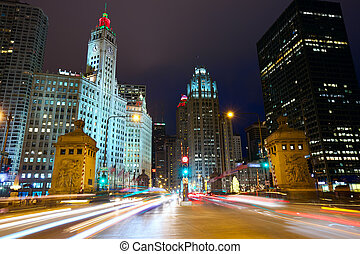 Magnificent Mile in Chicago - Michigan Avenue Bridge and...
