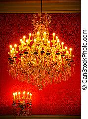 Magnificent vintage crystal chandelier - Real lavish crystal...