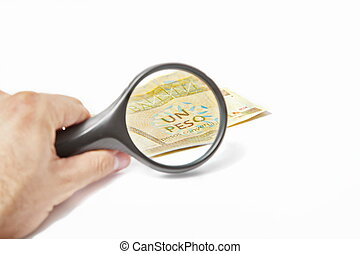 Magnifying Glass on the Cuban peso