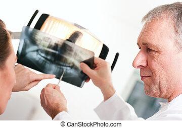 magyarázó, fogász, türelmes, röntgen