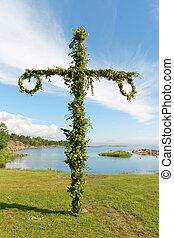 maibaum, und, der, schwedische , archipel, in, der, hintergrund
