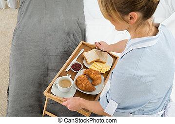 maid, ontbijtblad, vrouwlijk