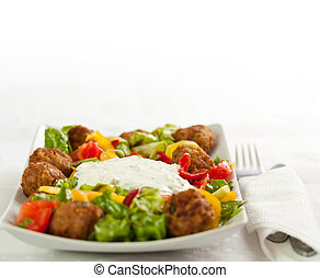 Main course: Mixed salad whit meatballs