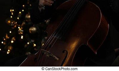 main, homme, jouer, violoncelle, musicien classique, grand plan, bow., mâle, orchestre
