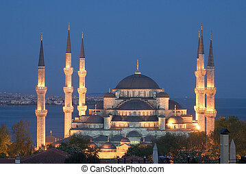Main mosque of Istanbul - Sultan Ahmet camii. Most famous as Blue mosque. View at early evening.