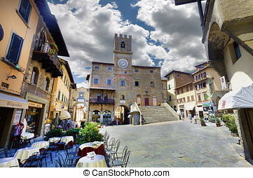 Main square, Cortona, Tuscany - Cortona, believe it or not,...