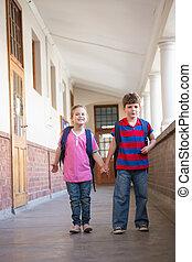 mains, couloir, mignon, tenue, élèves