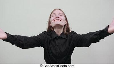 mains, femme, mode, greeting., jeune, gai, écarts, chemise, séduisant, noir