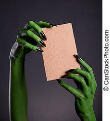 mains, tenue, carton, vide, monstre, morceau, vert