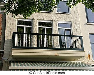 maison, à, balcon