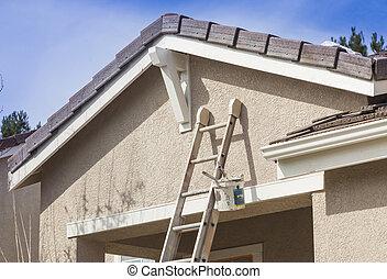maison, échelle, haut, peinture, penchant, prêt, nouveau