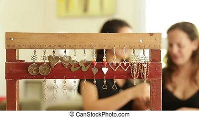 maison, anneau, femme, concepteur, achats
