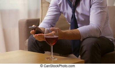 maison, boire, smartphone, vin, alcoolique