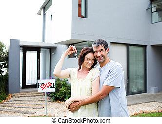 maison, couple, après, achat, heureux