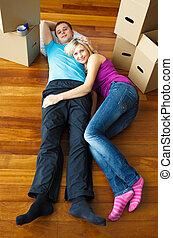 maison, couple, en mouvement, mensonge, floor.