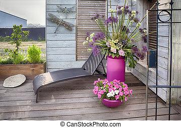 maison, fleurs, terrasse
