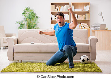 maison, football, homme, regarder
