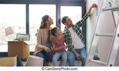 maison, nouveau, en mouvement, heureux, palette, couleur, famille