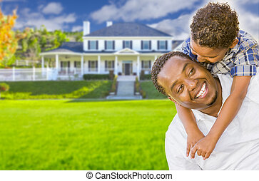 maison, père, fils, race mélangée, devant