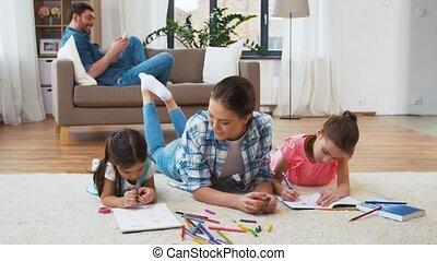maison, peu, dessin, filles, mère