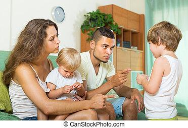 maison, réprimande, parents, enfant