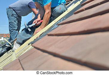 maison, sommet, rénovation, fonctionnement, roofers